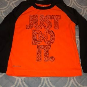 Nike long sleeve toddle boy tee